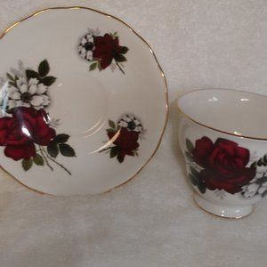 Queen Anne teacup saucer bone china flowers roses